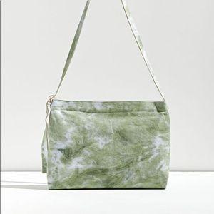 NWT UO Tie-Dye Messenger Tote Bag > green tie dye shoulder bag urban outfitters